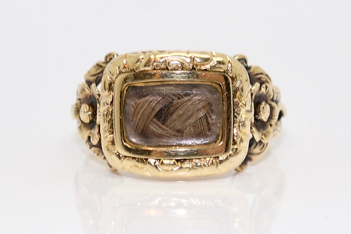 A Superb Antique Georgian C1820 15ct Yellow Gold Flower Design Mourning Ring