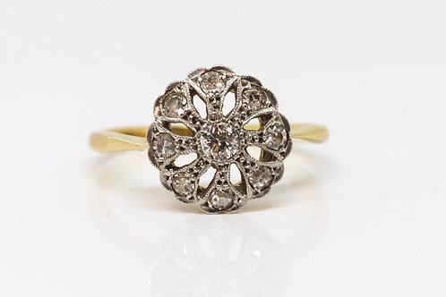 A Lovely Antique Edwardian Belle Epoque 18ct & Platinum Diamond Cluster Ring