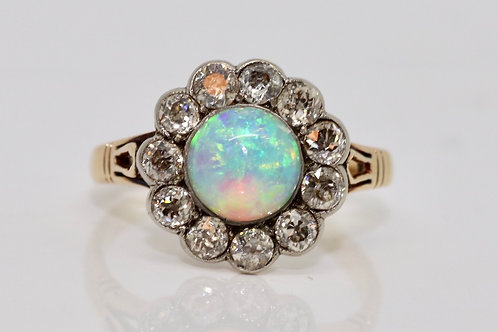 A Fantastic Antique Late Victorian 18ct Gold 1.50ct Opal & 0.90ct Diamond Ring