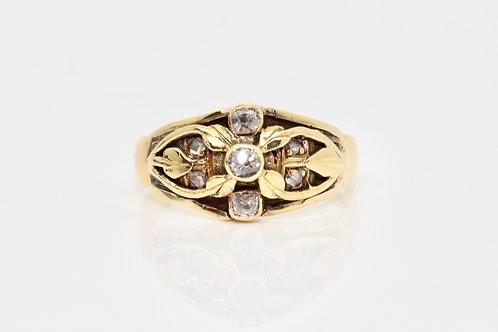 A Stunning Art Nouveau C1910 18ct 750 Yellow Gold Diamond Foliate Cluster Ring