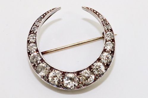 A Superb Antique Victorian 15ct Gold & Silver 3.00ct Diamond Crescent Brooch