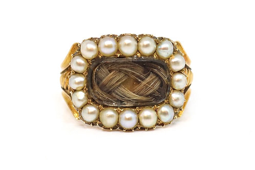A Nice Crisp Antique Georgian c1821 15ct Yellow Gold Pearl Hair Mourning Ring