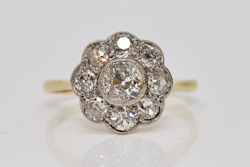 A Fantastic Antique Edwardian 18ct 750 Yellow Gold 1.30ct Diamond Cluster Ring
