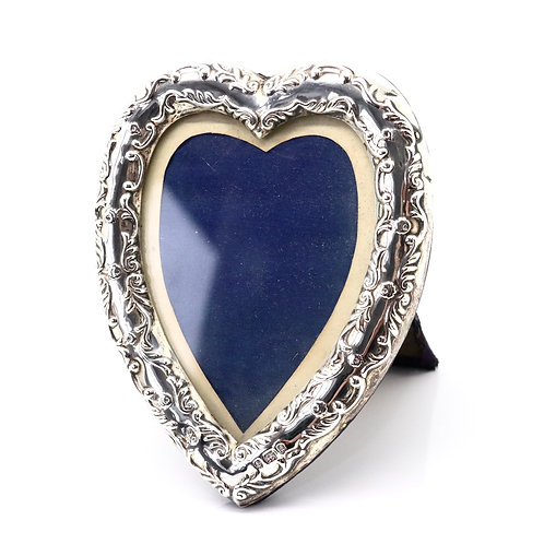 A Nice Embossed Antique Victorian C1900 Solid Silver Love Heart Picture Frame