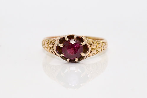 A Fantastic Antique Victorian 15ct Yellow Gold Garnet Single Stone Ring