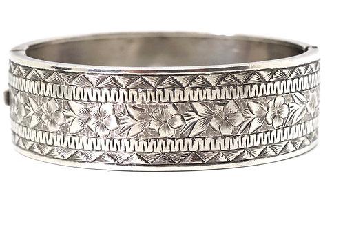 A Nice Antique Victorian Sterling Silver 925 Floral FM Design Bangle Bracelet