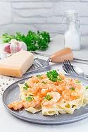 Creamy Garlic Prawn Pasta with Scallop S