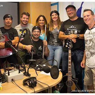 Passage Radio Tonic de Genève avec Jelly Jelly, Josh, Laurence et Jacques Apothéloz le 25.08.2021