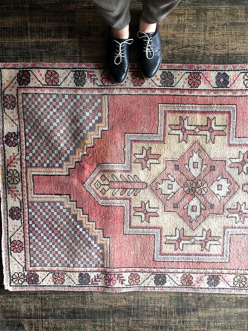 3'2x5'4 Vintage Rug