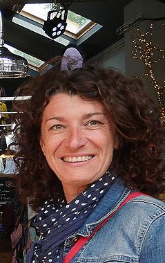 Anne Rebion savonnerie crü.jpg
