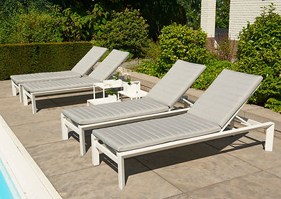 Delta sunlounger white mousegrey with su