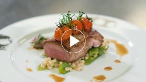 Les recettes du Chef Philippe Renard :  Filet d'agneau aux pois gourmands et tomates confites