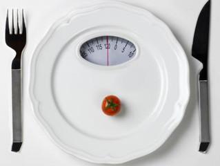 LONGÉVITÉ : Pourquoi la restriction calorique prolonge la durée de vie ?