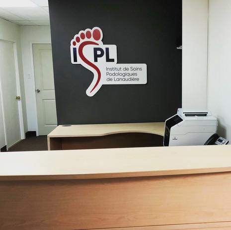 RÉCEPTION_école ISPL.JPG