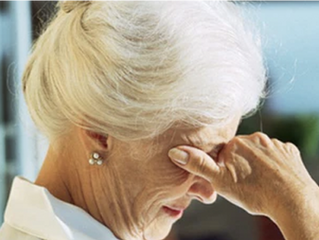 Symptômes atypiques gériatriques possibles liés à la COVID-19