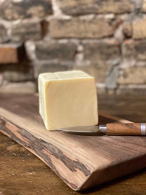 Bothwell Horseradish Cheddar