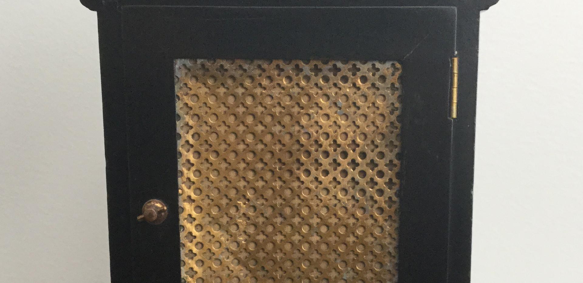 Green Chinoiserie Bracket Clock, Verso