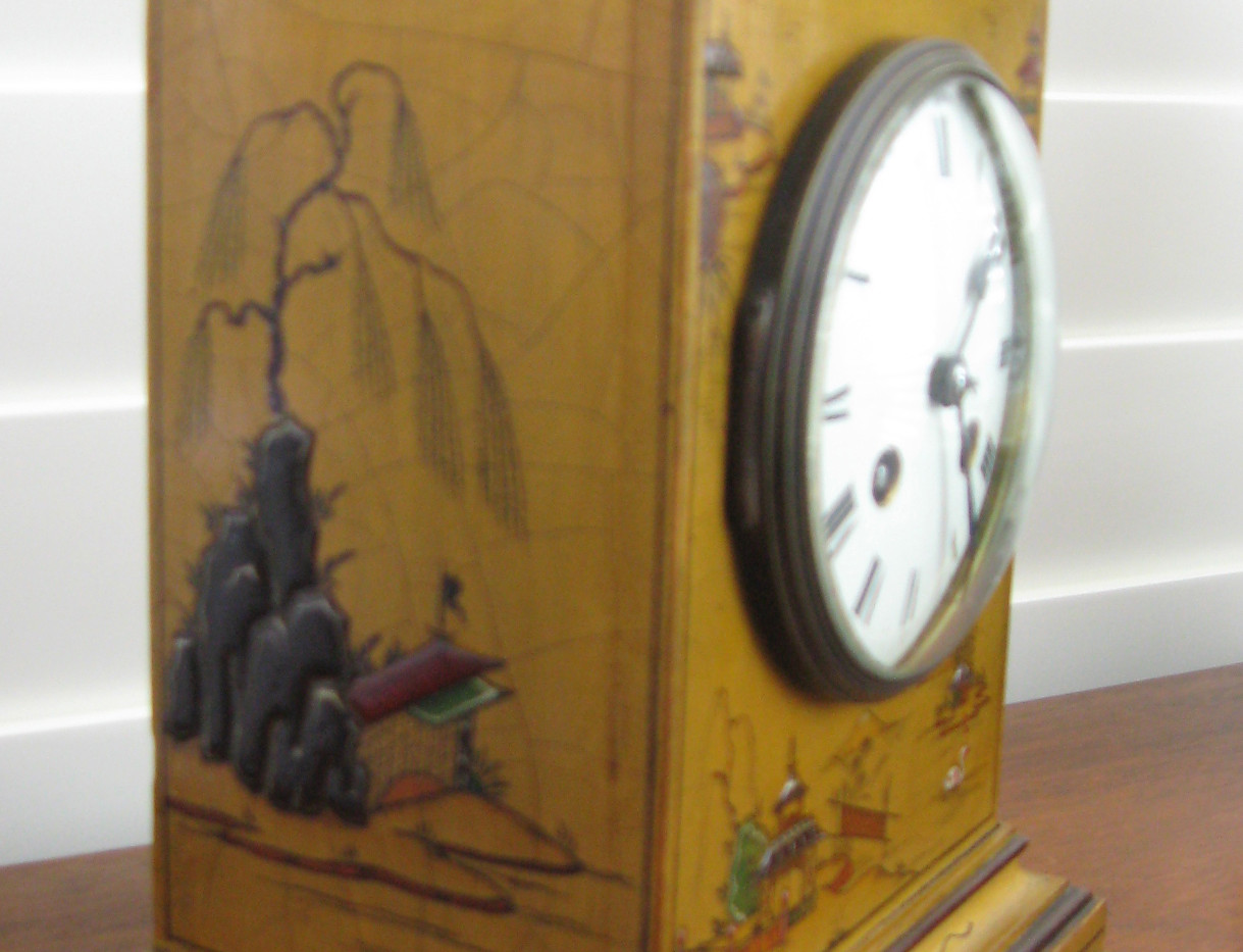 Gold Chinoiserie Mantel Clock