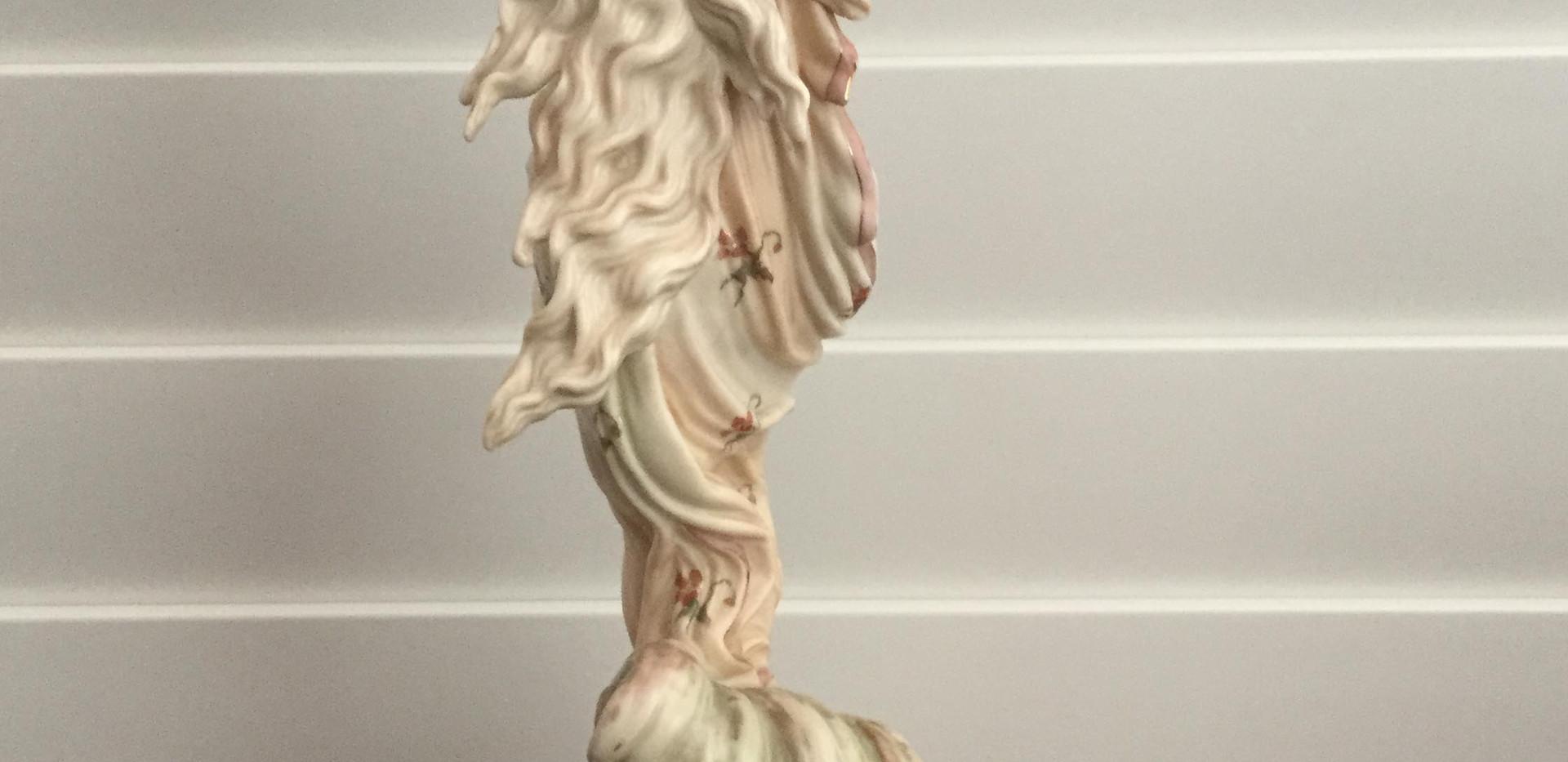 Royal Worcester Figurine, Verso