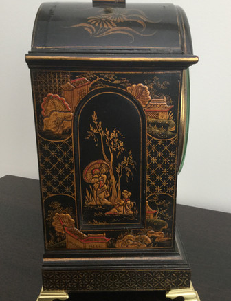 Black Chinoiserie Fusee Clocck