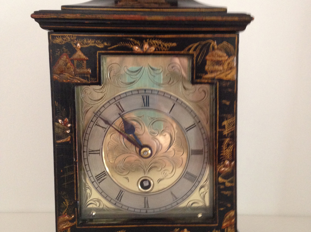 Black Chinoiserie Mantel Clock