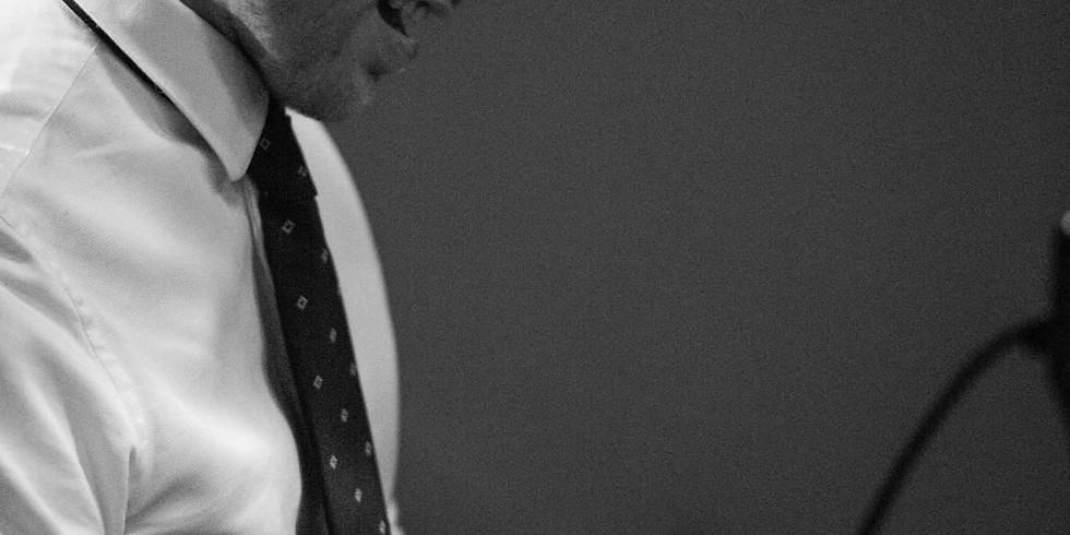 "Maxime Moyaerts Trio ""Heroes"" - Private Concert"