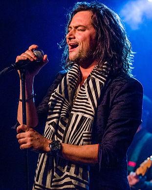 Constantine Maroulis Singing