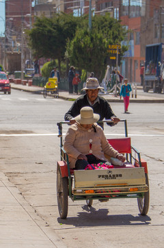 Local Taxi in Puno