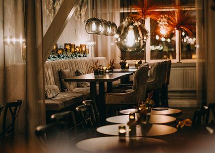 _R733393-1 Lounge.jpg