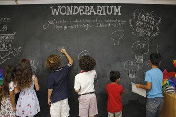Art-KidsAtBoard.jpg