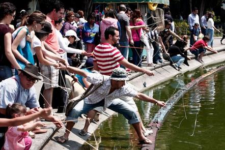 Pesca en Chapultepec