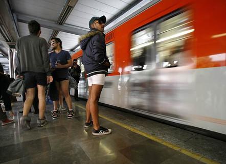 Viaje en metro sin pantalones 2011