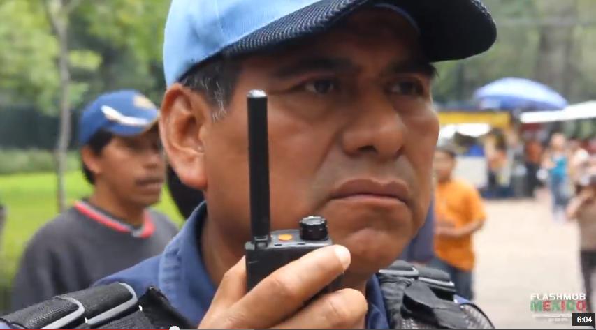 Experimento_MP3_México_2012__Video_Oficial__-_FlashMob_México_-_YouTube.png