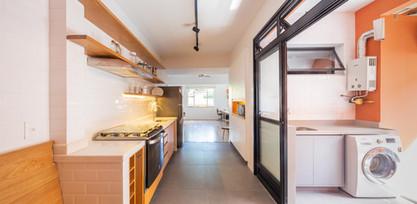 Apartamento Sta Teresa - cozinha, sala e lavanderia