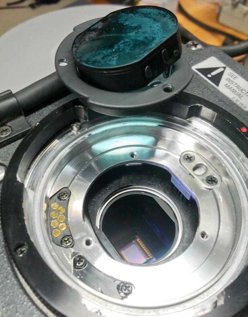 Sony DXC 325 mit defekter Phasenplatte -  (2 von 1)