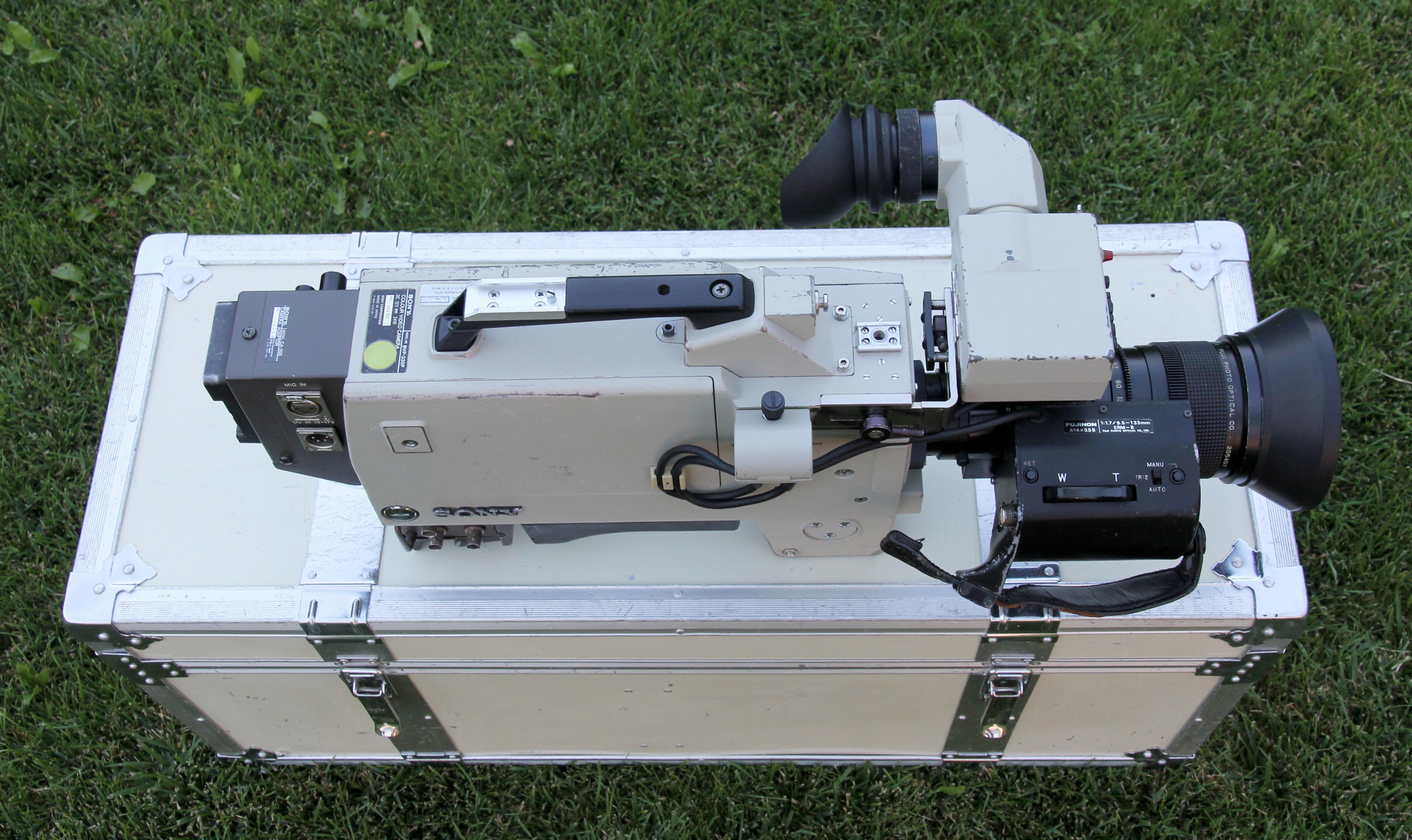 Sony BVP-330P -  (22 von 24)