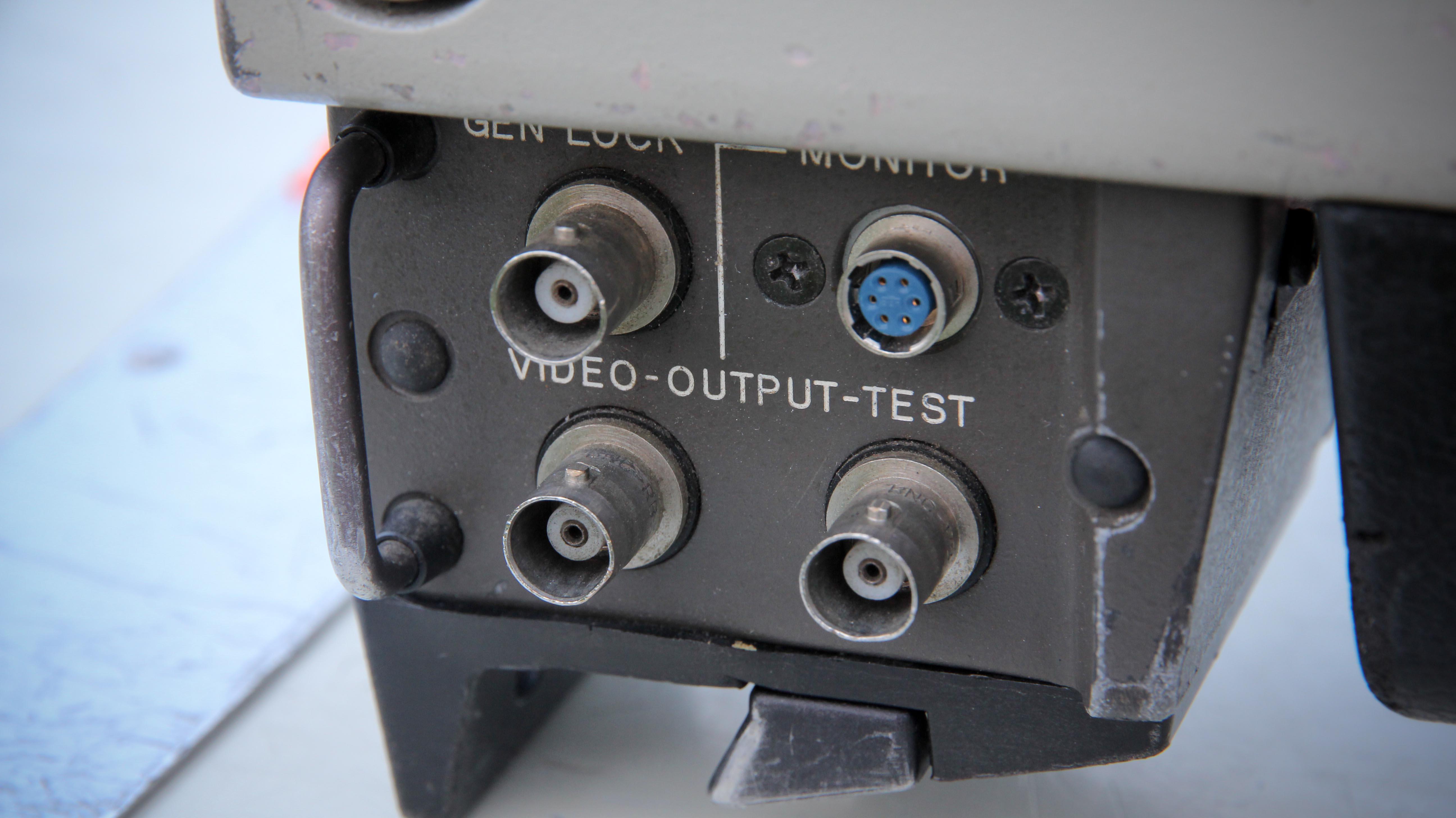 Sony BVP-330P -  (19 von 24)