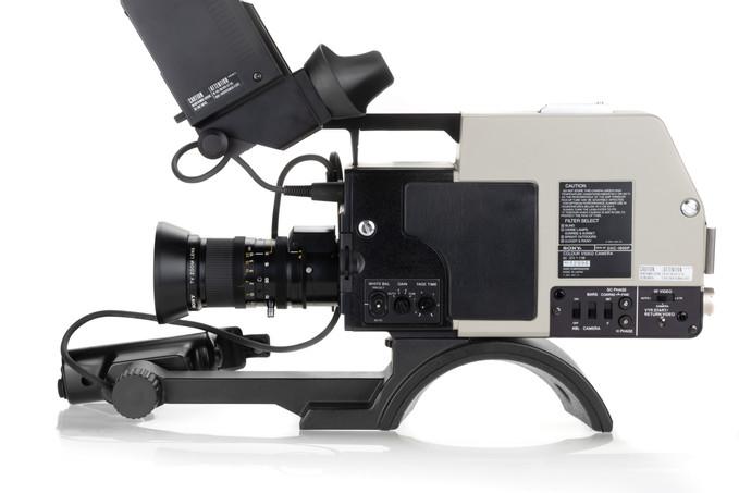 Sony DXC-1800P - 5.jpg