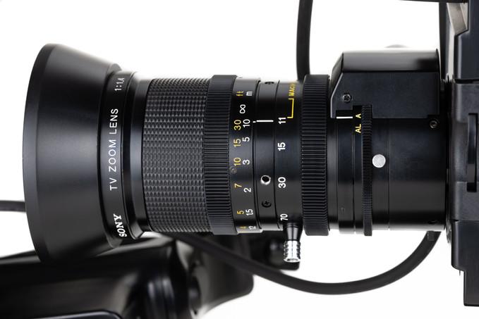 Sony DXC-1800P - 6.jpg