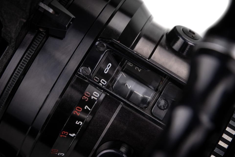 Arriflex 16BL - 14.jpg