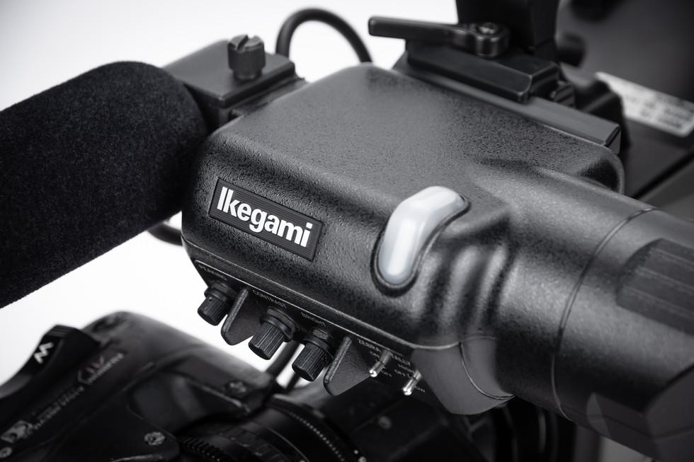 Ikegami HL-V73W N - 2.jpg