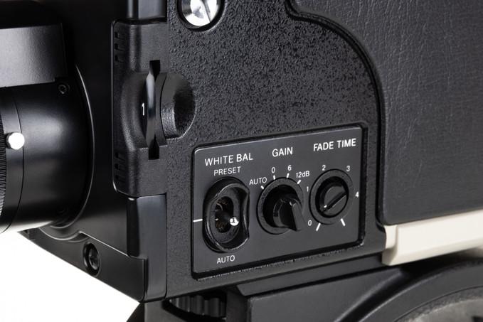 Sony DXC-1800P - 9.jpg
