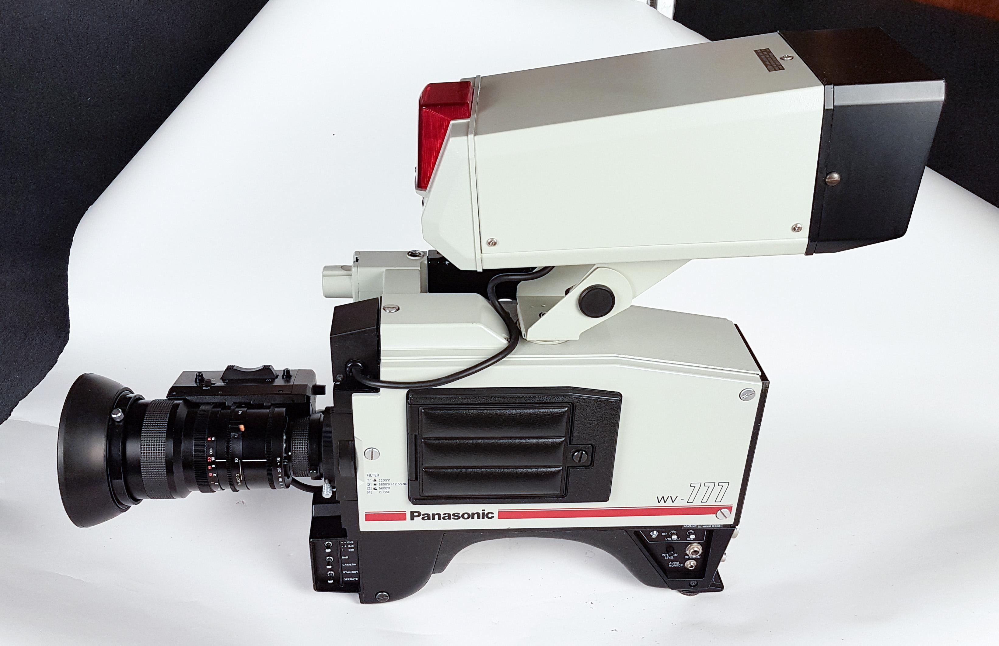 Panasonic WV-777 large viewfinder -  (1 von 6)