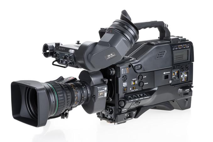 Sony DVW-970P - 1.jpg