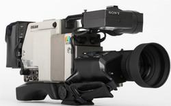 Sony DXC-1820P -  (7 von 9)