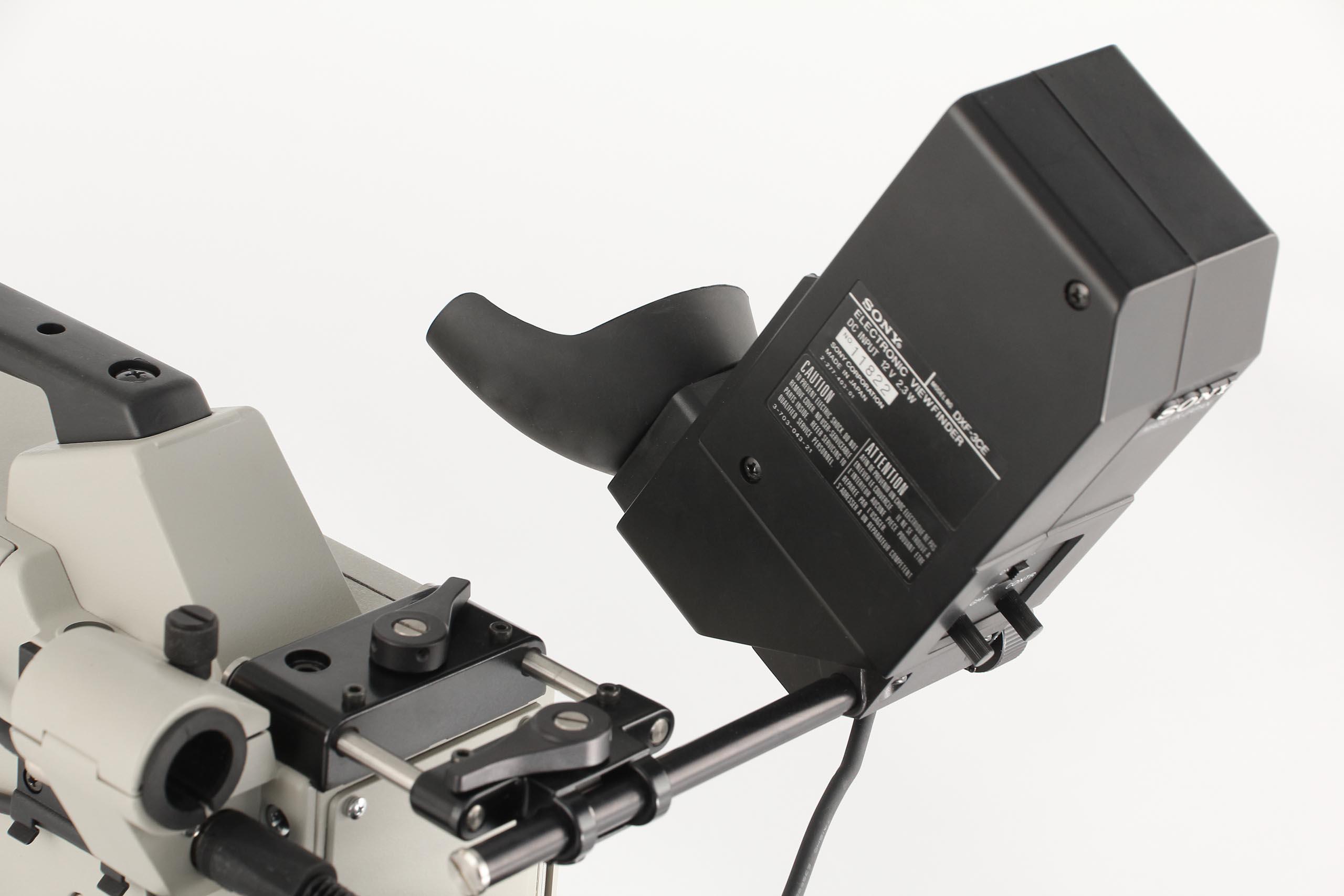 Sony DXC-6000P - 5