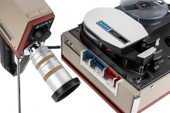Sony DXC-3420CE - 7.jpg