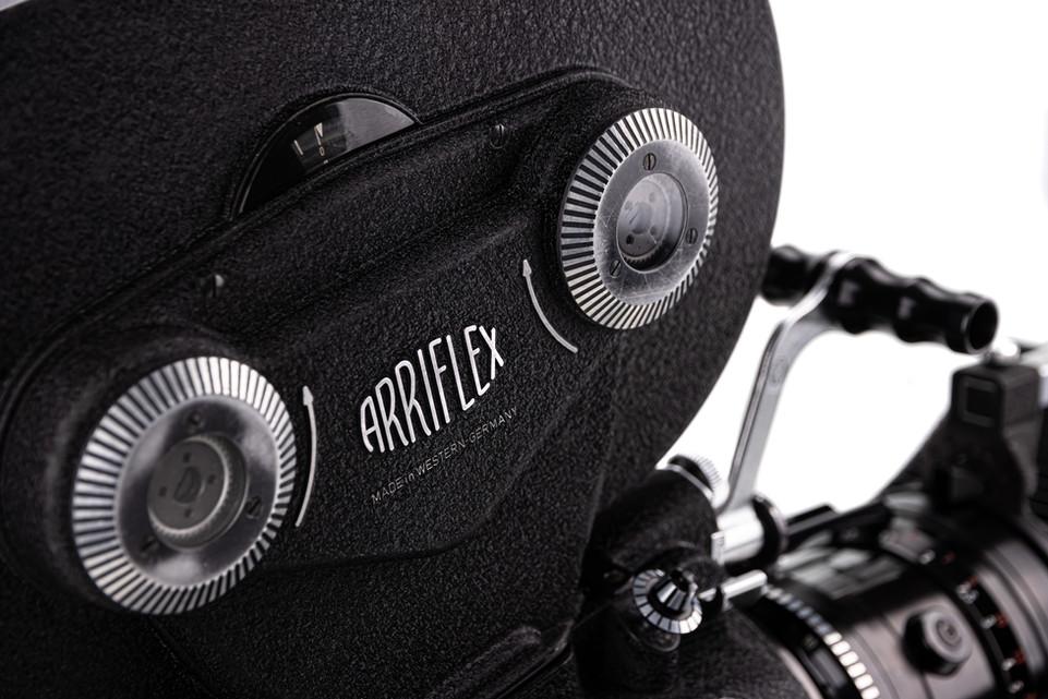 Arriflex 16BL - 16.jpg