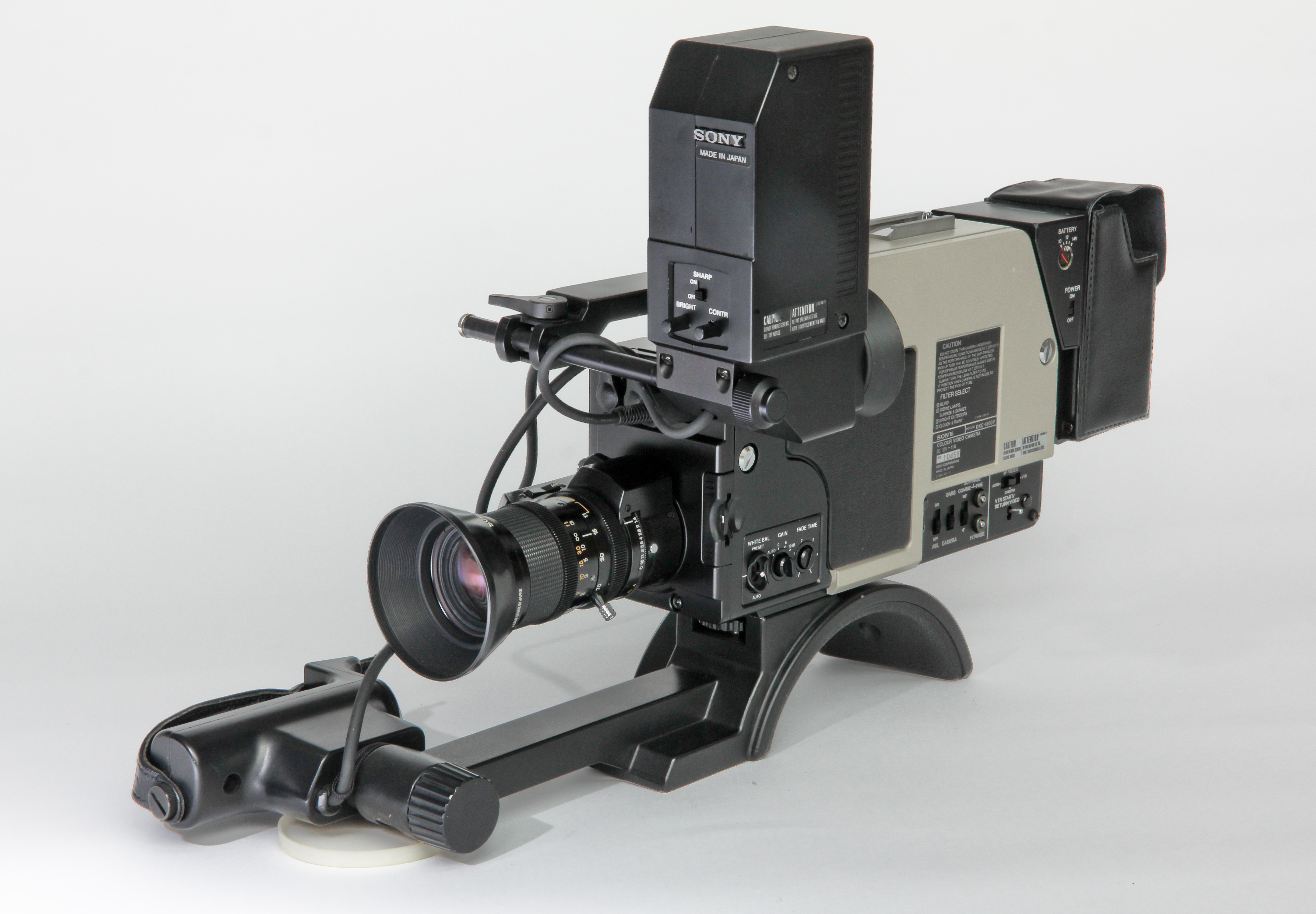 Sony DXC-1800P -  (5 von 9)
