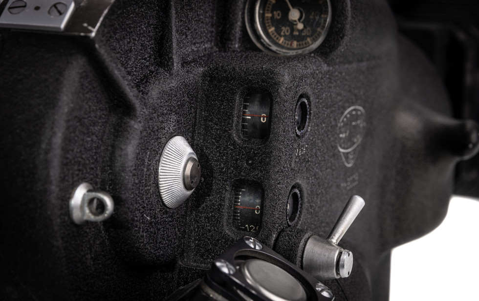 Arriflex 16ST - 13.jpg